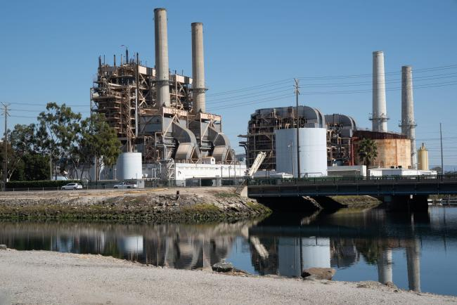 California Seeks to Avert Blackouts by Burning More Fossil Fuels