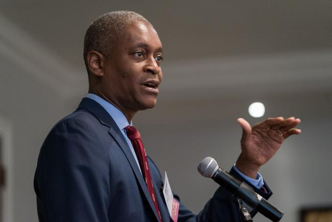 Fed's Bostic Sees 2022 Rate Liftoff, Taper Call in a Few Months