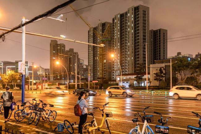 Penjualan Rumah China Turun 17% karena Krisis Evergrande Menghalangi Pembeli