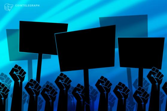 El Salvadorians take to the streets to protest Bitcoin law