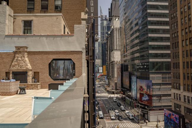 NYC Hotels See Busiest Week Since Pandemic Struck, Mayor Says